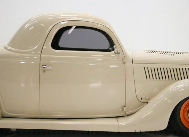 1357-1935-Ford-3-Window-29