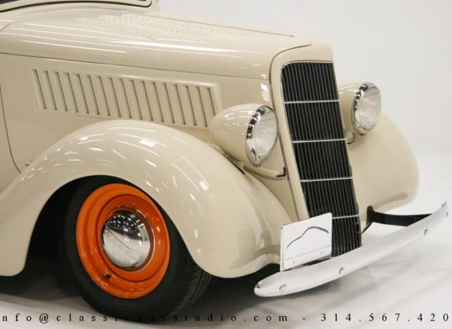 1357-1935-Ford-3-Window-31