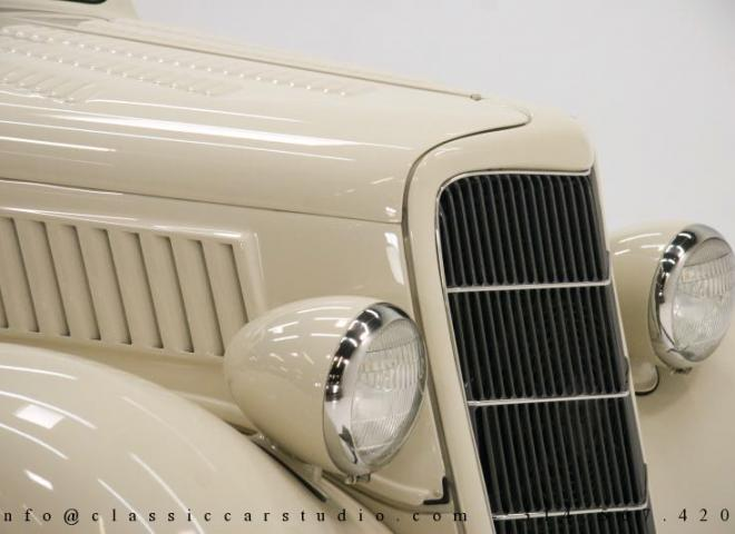 1357-1935-Ford-3-Window-32