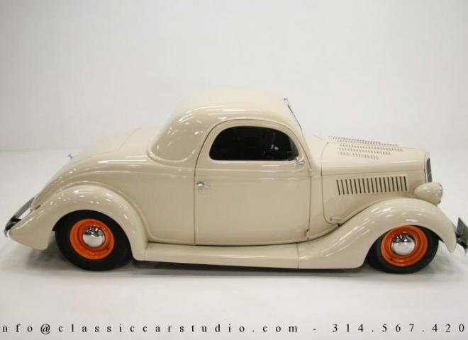 1357-1935-Ford-3-Window-35