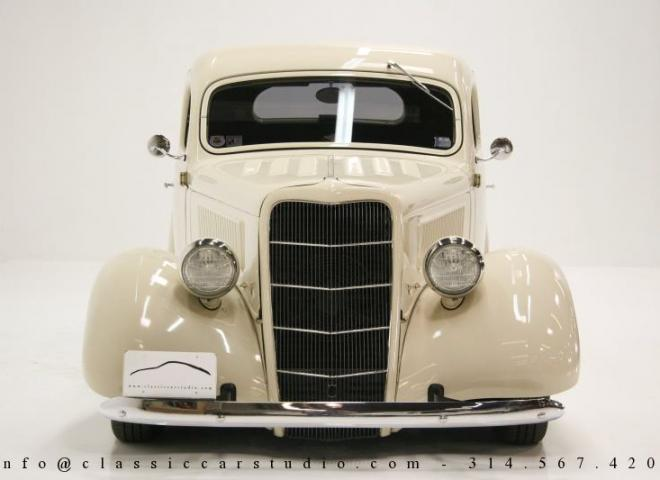 1357-1935-Ford-3-Window-4