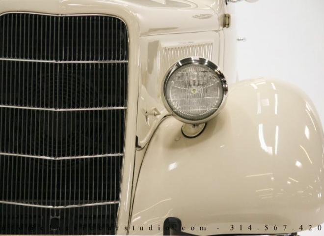 1357-1935-Ford-3-Window-9