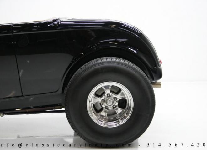 1400-1932-Ford-Roadster-14