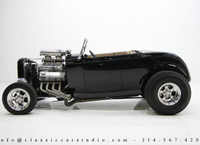1400-1932-Ford-Roadster-2