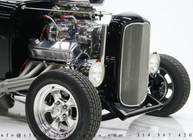 1400-1932-Ford-Roadster-22