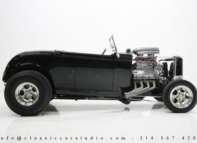 1400-1932-Ford-Roadster-6