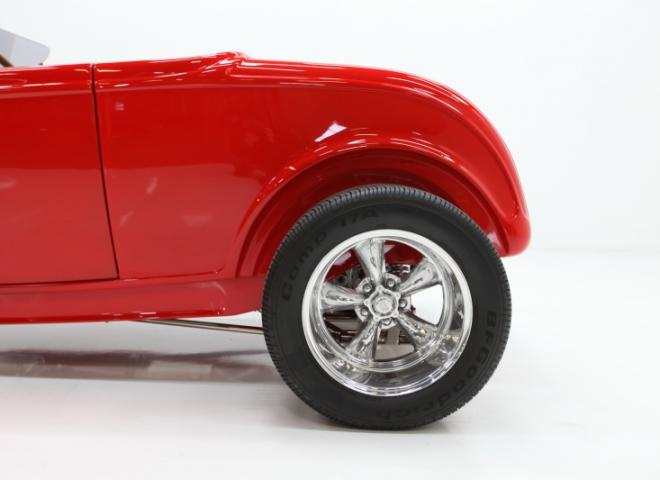 1413-1932-Ford-Roadster-18