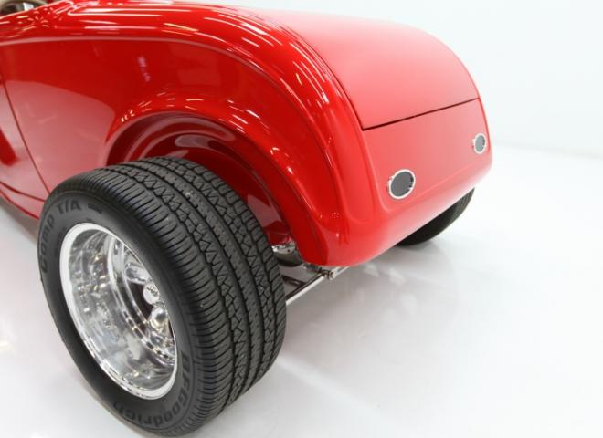 1413-1932-Ford-Roadster-19