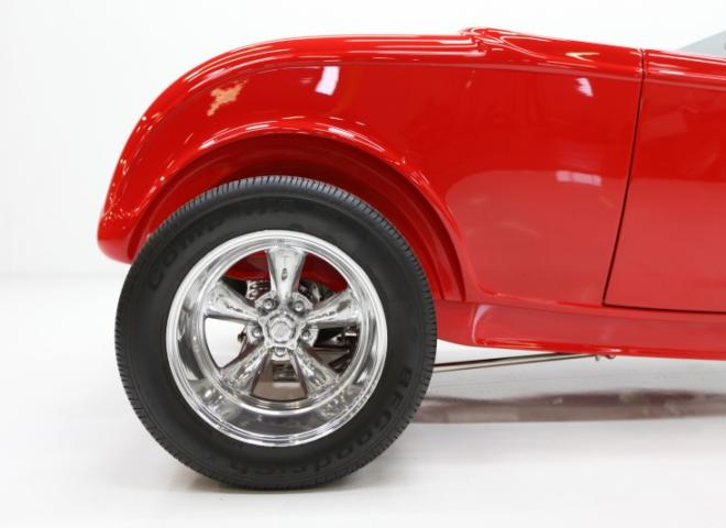 1413-1932-Ford-Roadster-25
