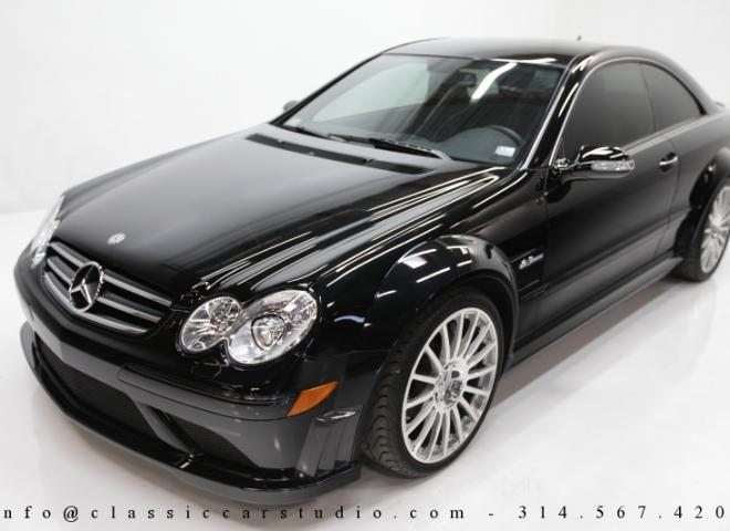 1452-2008-Mercedes-Benz-CLK63-AMG-Black-Edition-2