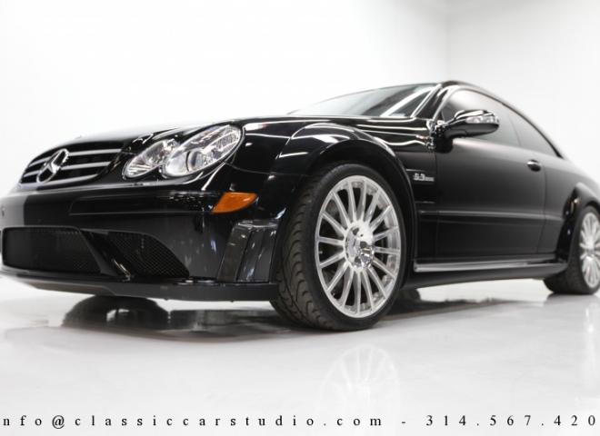 1452-2008-Mercedes-Benz-CLK63-AMG-Black-Edition-3