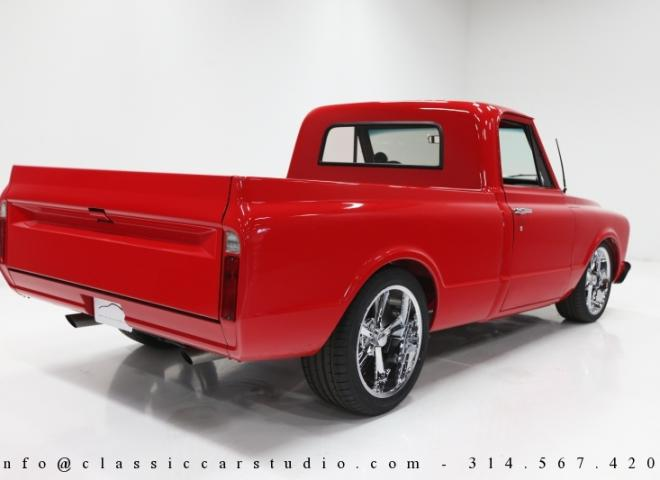 1559-1967-GMC-Shortbed-Pickup-Truck-7