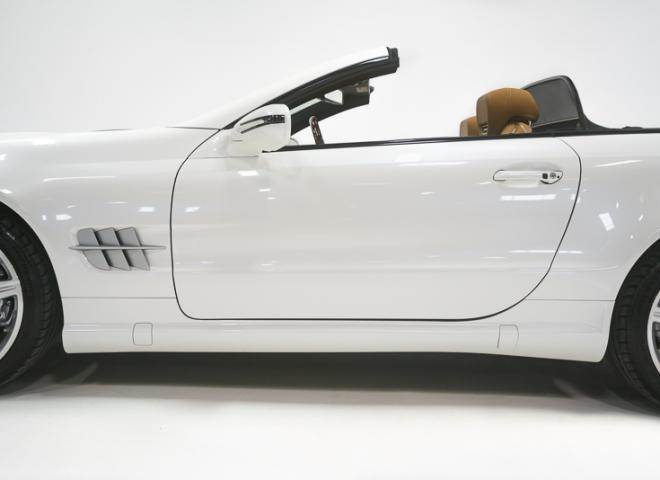 1714-2011-Mercedes-Benz-550-SL-Convertible-12