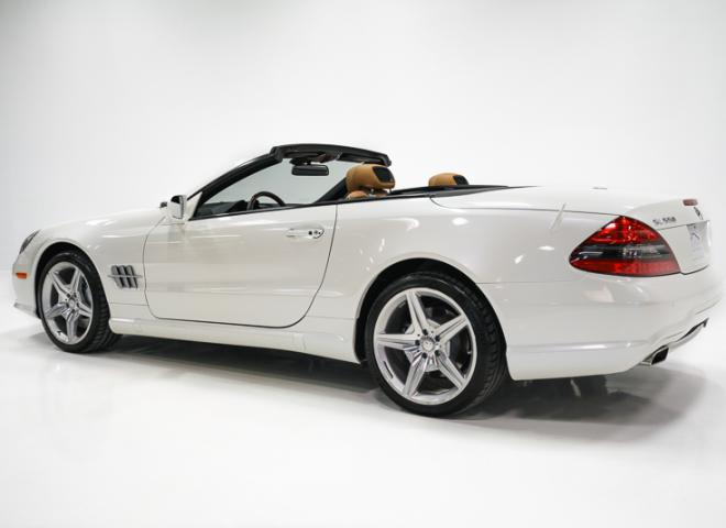 1714-2011-Mercedes-Benz-550-SL-Convertible-16