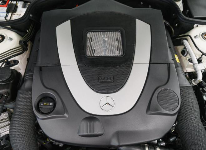 1714-2011-Mercedes-Benz-550-SL-Convertible-63