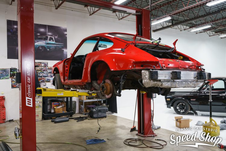 90_Porsche_Build_Photos-17