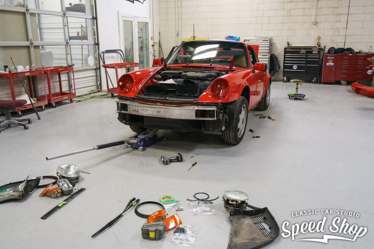 90_Porsche_Build_Photos-8