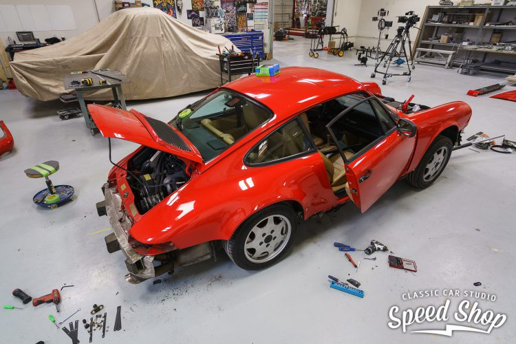 90_Porsche_Build_Photos-9