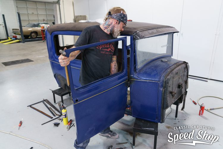 31 Ford - Build Photos-23