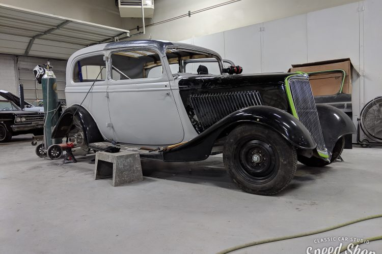 34_Ford-Build Photos-Early Shots-70