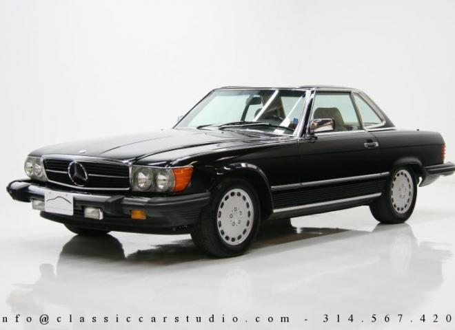 1242-1986-Mercedes-Benz-560-SL-3