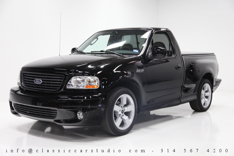 2003 Ford F 150 Svt Lightning Pickup Truck Classic Car