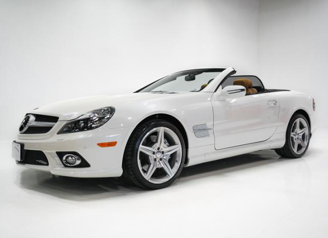1714-2011-Mercedes-Benz-550-SL-Convertible-1